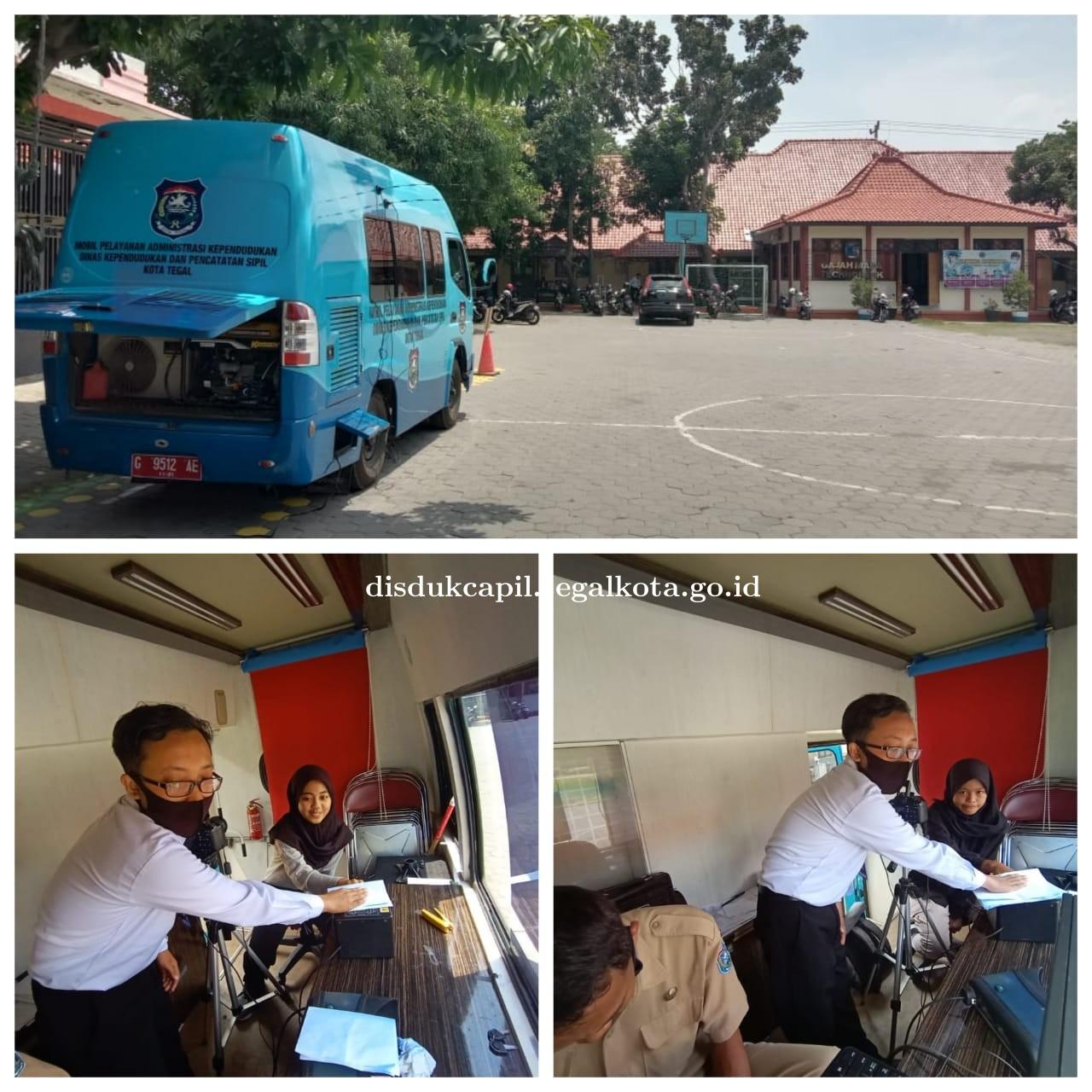 Jemput Bola KTP Elektronik di SMK N 3 Kota Tegal